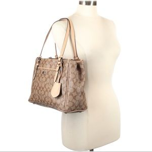 Coach Factory Outlet Monogram Carry All in Khaki